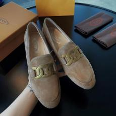 Tod's female flat casual breathable loafer skim-proof driver shoes with antique bronze metal decorative buckle