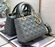 Dior medium lady dior handbag elegant quilted shopping travelling bag with shiny iconic D.I.O.R charm