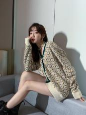 Gucci socialite vintage casual open-front neckless woollen sweater loose knitwear with embroidered double-G pattern