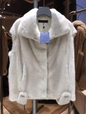Louis vuitton /LV luxury beige Mink vest  fur waistcoat sleeveless mink fur jacket  with oversized fluffy hood essential winter outfit piece