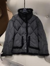 Hermes female quilted warm down outerwear windproof tight fur jacket winter down coat lightweight down windbreaker with mink fur trimming and symmetrical side slip pocket
