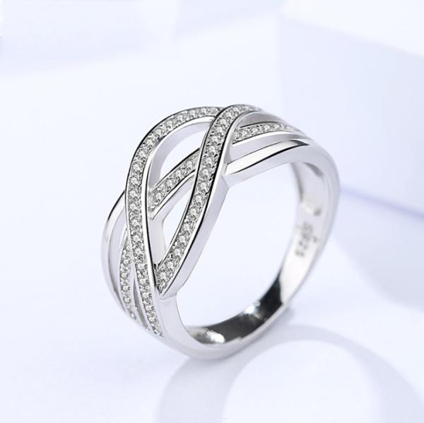 Round diamond ring 360