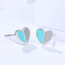Silver heart earring
