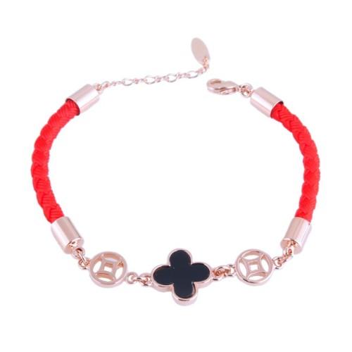 bracelet031928