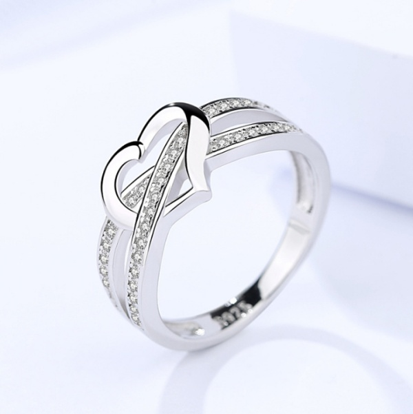 Silver heart ring 357