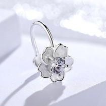 silver flower ear clip 1128
