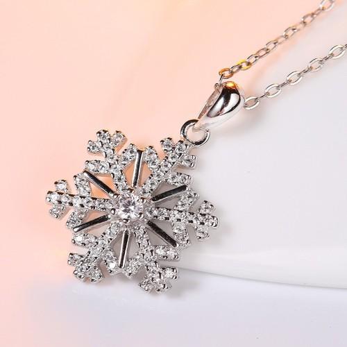 silver snowflake pendant 805