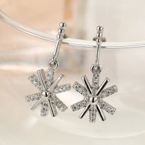 silver snowflake earring