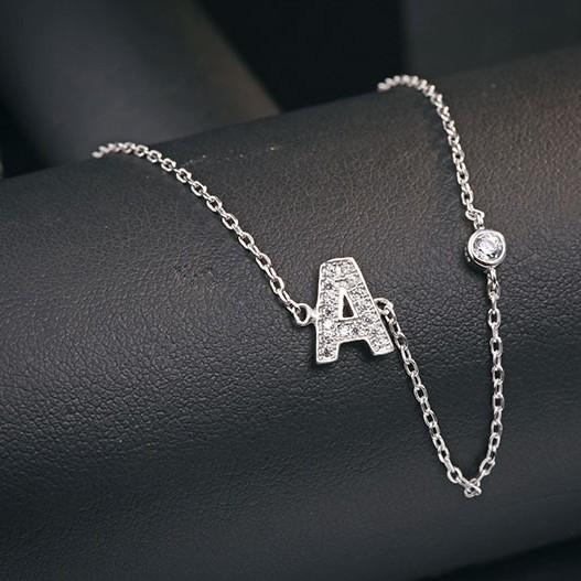 A word necklace MLA622A