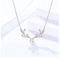 Silver antler pearl necklace 	MLA890-1