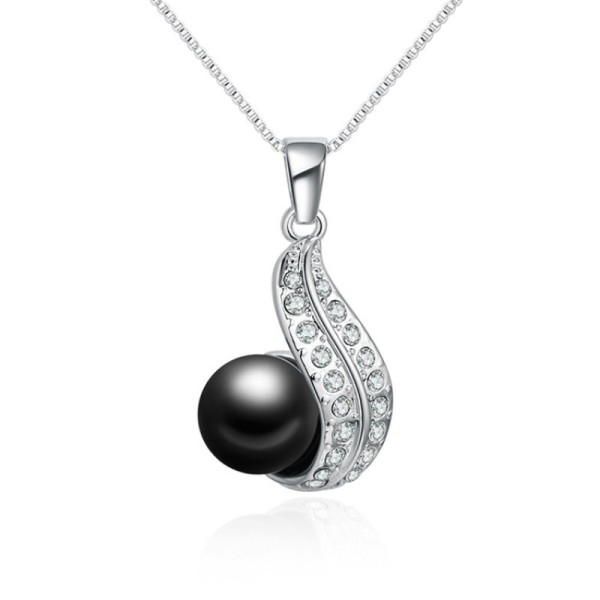 pearl necklace 29647