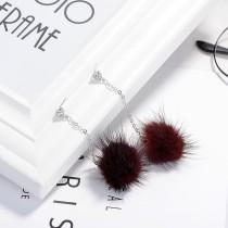 Hair ball earrings XZE003g
