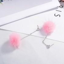 Hair ball earrings XZE003x