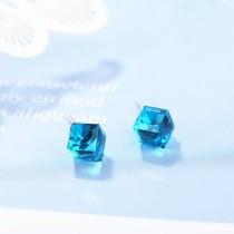 Square earrings XZE698a