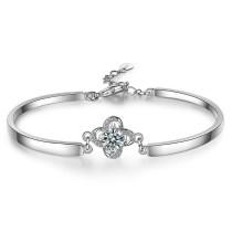 Four-leaf clover bracelet XZB117