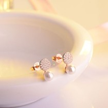 round pearl earring XZE406a
