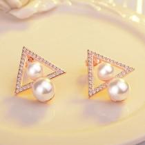 triangle earring 393
