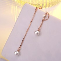 Asymmetrical earring XZE392a
