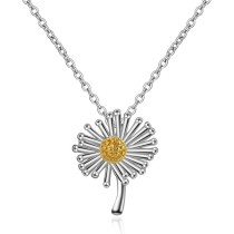 Small daisy flower necklace