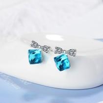 Bow earring XZE702a