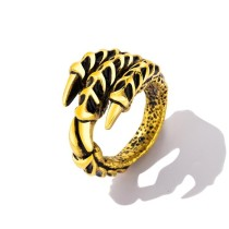 Domineering Paw Ring gb0524627a