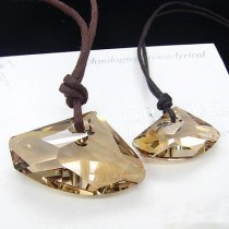 crystal Couple necklace 9702235(39mm  27mm)