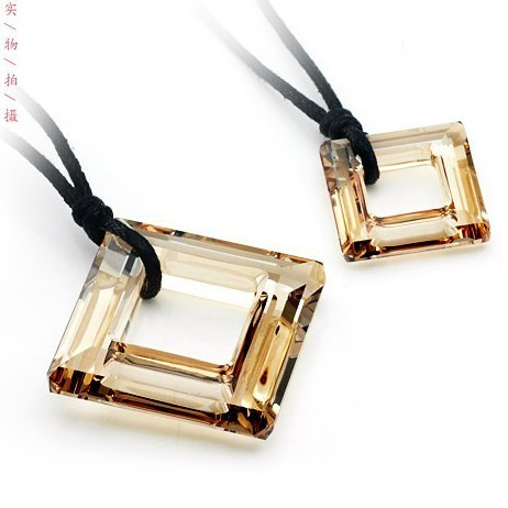 crystal Couple necklace 9702230