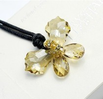 crystal necklace9703181