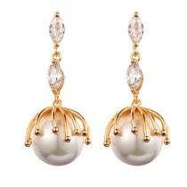 drop pearl earring