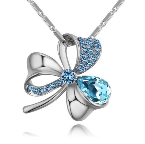 Three-leaf necklace 27973