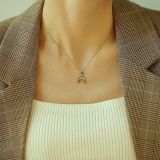 Simple Crescent Clavicle Chain Moon and the Stars Pearl Oysters Pendant Necklace Women's Titanium Steel Necklace Gb1673