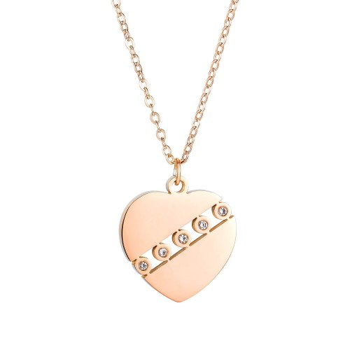 Stainless Steel Necklace Classic Lovely Hollow Diamond Pendant Clavicle Chain Temperament Lady Titanium Steel Necklace Gb1678