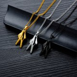 Hot Selling Hip-hop Punk Victory Gesture Necklace Creative Personality Titanium Steel Men's Pendant Necklace Jewelry Gb1508