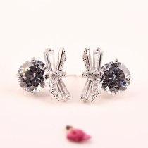 KoreanEar Stud Earring Girls Elegant Simple AAA Zircon Bow Exaggerated Earrings S925 Sterling Silver Needle Earring  Qxwe940