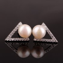 Triangle Temperament Freshwater Pearl Simple  Stud Earring Women's Korean-Style All-match Earrings Jewelry Qxwe889