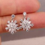 Korean-Style Stud earrings AAA Zircon Delicate Earrings Snowflake Ear Pendant 925 Sterling Silver Pin Earrings Jewelry Qxwe607