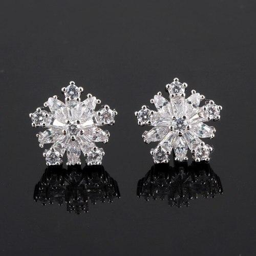 Korean Style Snowflake Stud Earrings Elegant Female All-match 925 Sterling Silver Pin Zircon Earrings Jewelry Qxwe681