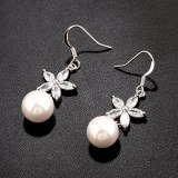 Copper Inlaid Zircon Pearl Earrings Flower Ear Hook Fashion Stud Earrings Plated Platinum Qxwe734