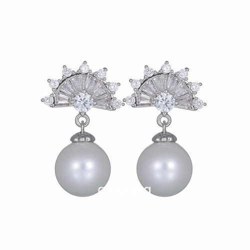 Pearl Stud Earrings Korean-Style AAA Zircon Copper Inlaid Fan-Shaped Earrings Fashion All-match Earrings  Qxwe1061