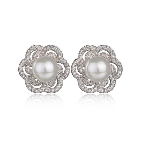 Plum Blossom Ear Stud Earrings AAA Zircon Inlaid Pearl Earrings Korean Fashion Jewelry Qxwe640