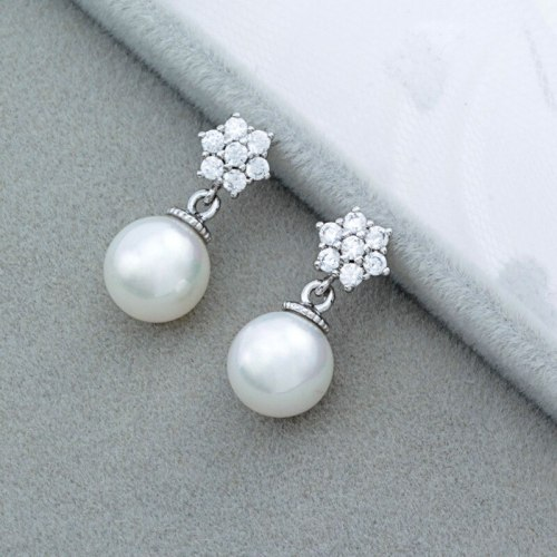 Round Pearl Earrings Inlaid AAA Zircon Snowflake Ear Stud Earrings Simple Girl's Heart Student Stud Earrings Qxwe636