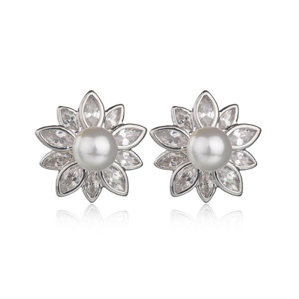 Flower Stud Earrings AAA Zircon Inlaid Fashion Pearl Earrings  Women's Ear Stud 925 Silver Pin Earrings  Qxwe805