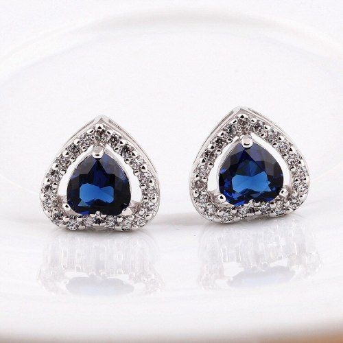 Lovely Stud Earrings Zircon Exquisite Classic Earrings Jewelry Qxwe228