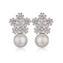 Pearl Zircon Earrings 925 Sterling Silver Needle Stud Earrings Japanese and Korean-Style Snowflake Earrings Accessories Qxwe739