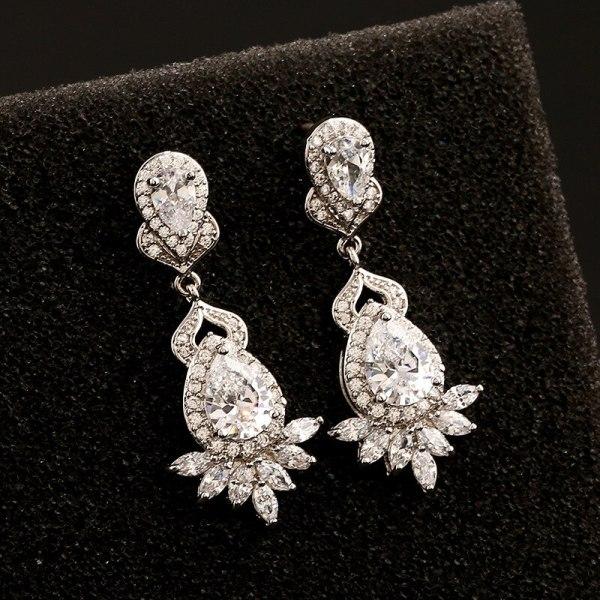 Gorgeous Zircon Stud Earrings Copper High Quality Zircon Inlaid S925 Silver Needle Earrings Pendant Qxwe713