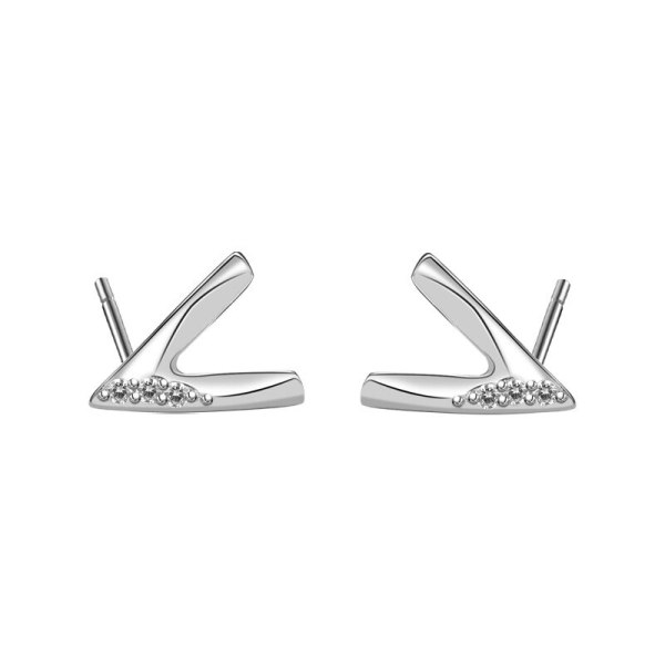 925 Sterling Silver Simple V-Shaped Zircon Earrings Female Japanese and Korean Stud Earrings  Wholesale Mle2166