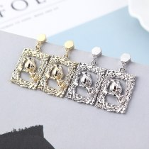 New European Retro Cool Ear Stud Female Relief Bird Earrings S925 Silver Needle Anti-Allergy Stud Earrings Wholesale 138833