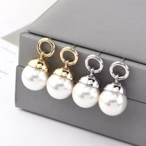 Korean Fashion Temperament Pearl Earrings Female Creative Retro Earrings Anti-Allergy Sterling Silver Needle Jewelry 140102