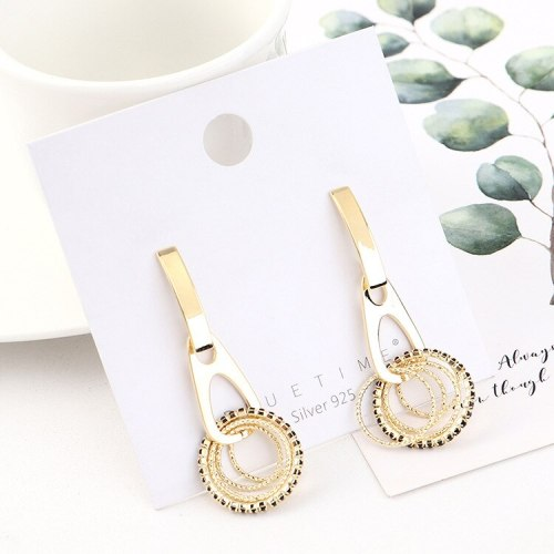 2020 New European Creative Fashion Earrings Cool All-match Small Ring Stud Earrings Female 925 Silver Needle B-4483