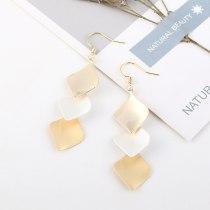 Europe Creative Fashion Leaves Earrings Female Wild Personality Long Tassel Earrings Ornament B-4527